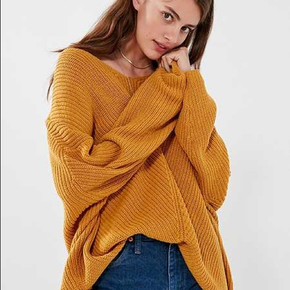 Mustard Yellow Oversized Sweater. M 5a74df8031a37650a3a29c57 84891a82a